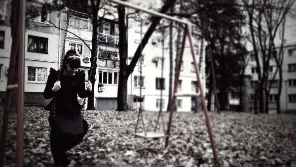 Swing, swing, swing…